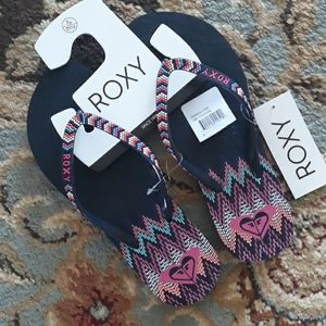 Roxy adorable flip flop sandals
